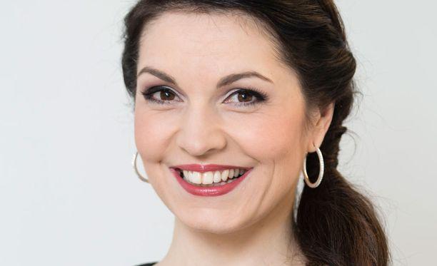 Maria Jungner tunnetaan tv-kuuluttajana ja Mikael Jungnerin ex-vaimona.