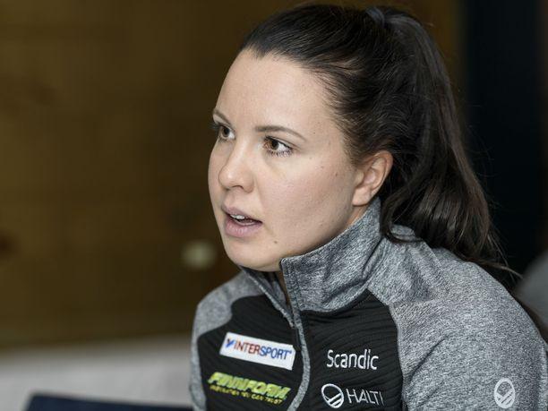 Kerttu Niskanen ja hänen valmentajansa Pekka Vähäsöyrinki päätyivät jättämään Lillehammerin maailmancupin väliin, mutta lauantaina Beitostölenissä Niskanen on taas starttiviivalla.