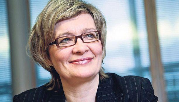 TEMPAUS – Nyt katsotaan, kenen kantti kestää, peruspalveluministeri Paula Risikko napauttaa.