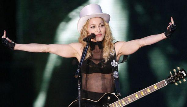 ISKUSSA Madonnan on sanottu olevan elämänsä kunnossa. Popin kuningatar todisti tämän tiistaina Tallinnassa.