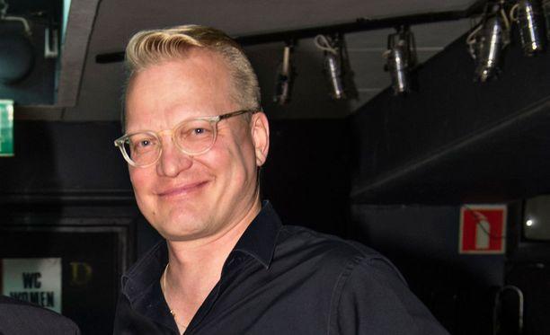 Timo Kärkkäinen ehti vaikuttaa 25 vuotta Jean S -yhtyeessä.
