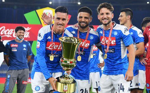 Napoli voitti Italian cupin – Juventus kaatui rankkareilla