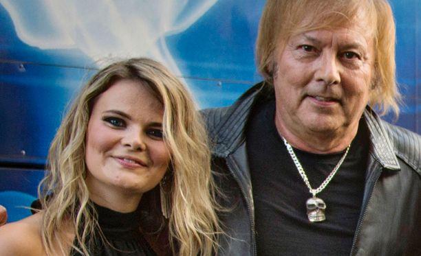 Erika Vikman ja Danny heinäkuussa 2016 Jämsässä. Tuolloin pariskunta korosti olevansa ystäviä.
