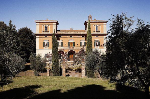 Päärakennus on peräisin 1800-luvulta.