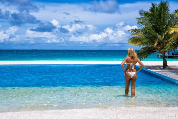 Malediiveilla monet hotellit sijaitsevat omilla yksityisillä saarillaan.