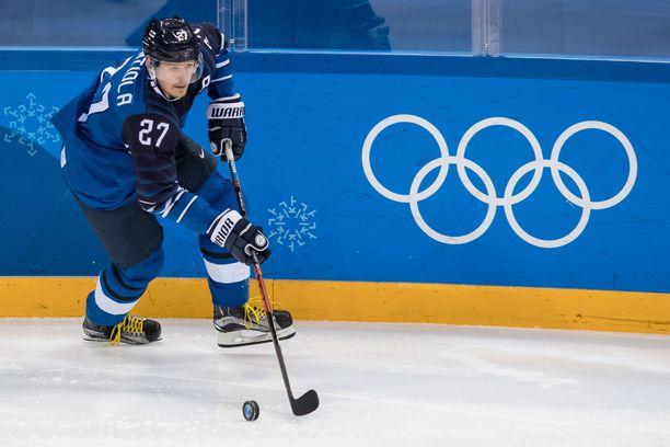 Petri Kontiola on edustanut Suomea kaksi kertaa olympialaisissa ja kuusi kertaa MM-turnauksessa.