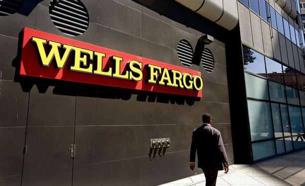 Rahoitusalan suuryrityksiin lukeutuva Wells Fargo on irtisanonut yli 5000 työntekijäänsä, jotka huijasivat asiakkaita haamutilien avulla.