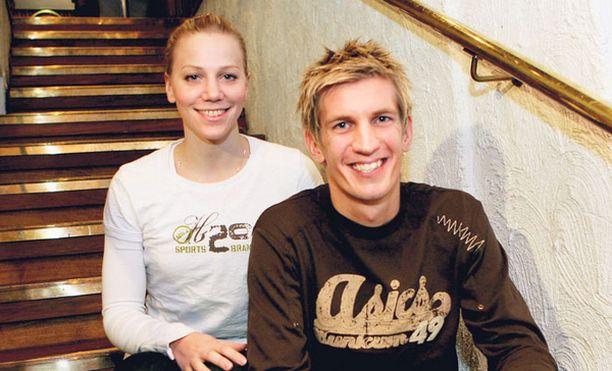 YHDESSÄ Anu ja Jarkko Nieminen asuvat Pekingissä samassa kämpässä.
