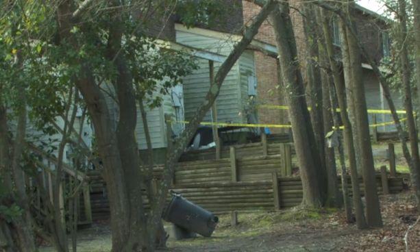 Tytön katoamiseen liittyvä esine löytyi naapurin roskiksesta.