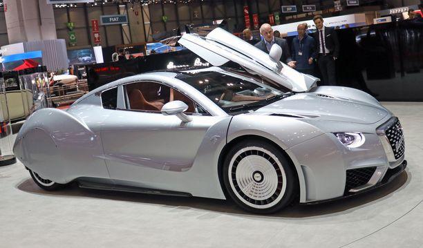 2000-luvun Hispano Suizan muotoihin on haeuttu inspiraatio 30-luvun Hispanosta.