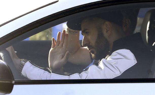 Karim Benzema on liemessä.