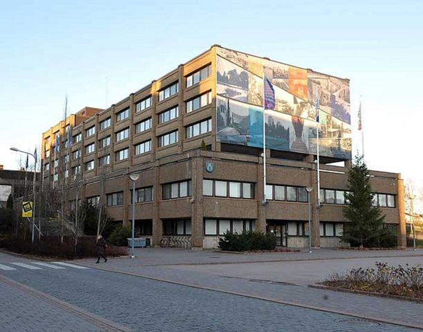 Espoon kaupungintalon kohtalo on herättänyt värikästä keskustelua.