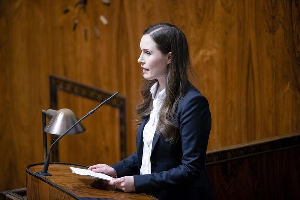 Pääministeri Sanna Marinin (sd) luotsaaman hallituksen kannatus on kasvussa.