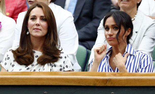 Sussexin herttuaparin ja prinssi Williamin ja herttuatar Catherinen välit ovat puhuttaneet.