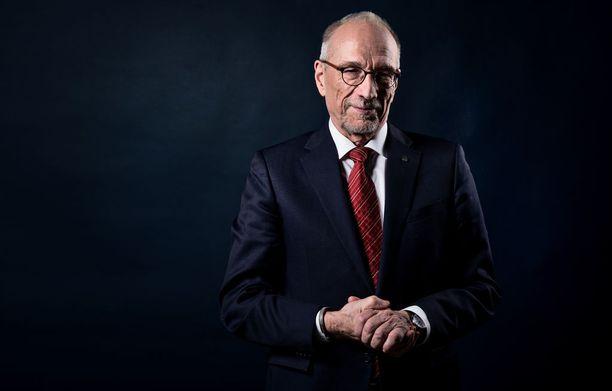 Presidenttiehdokas Nils Torvalds oli maanantaina Iltalehden toimittajien tentattavana.