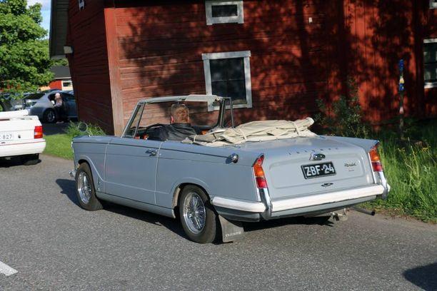 Triumph Herald tunnettiin siitä, että siitä sai helposti katon pois ja sen sai avoautoksi.