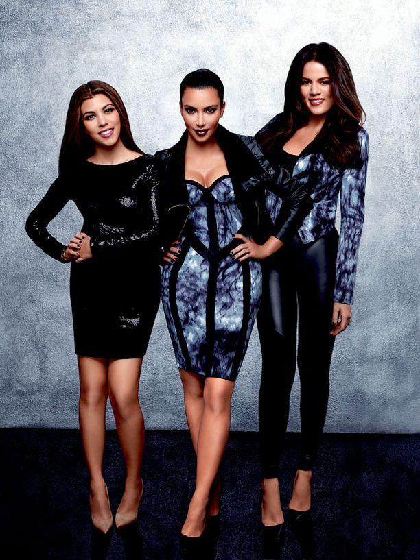 Kardashianit rynnivät vaatteineen brittimarkkinoille.