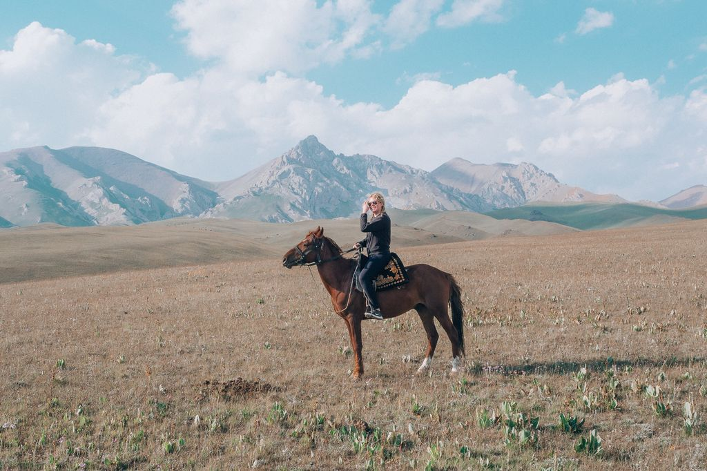 Viimeisimpänä Räihä matkusti Keski-Aasiassa.