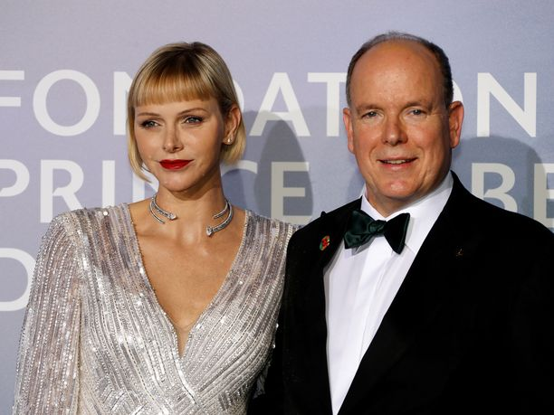 Monacon ruhtinas Albert ja ruhtinatar Charlene viettävät pääsiäistä perheen parissa.