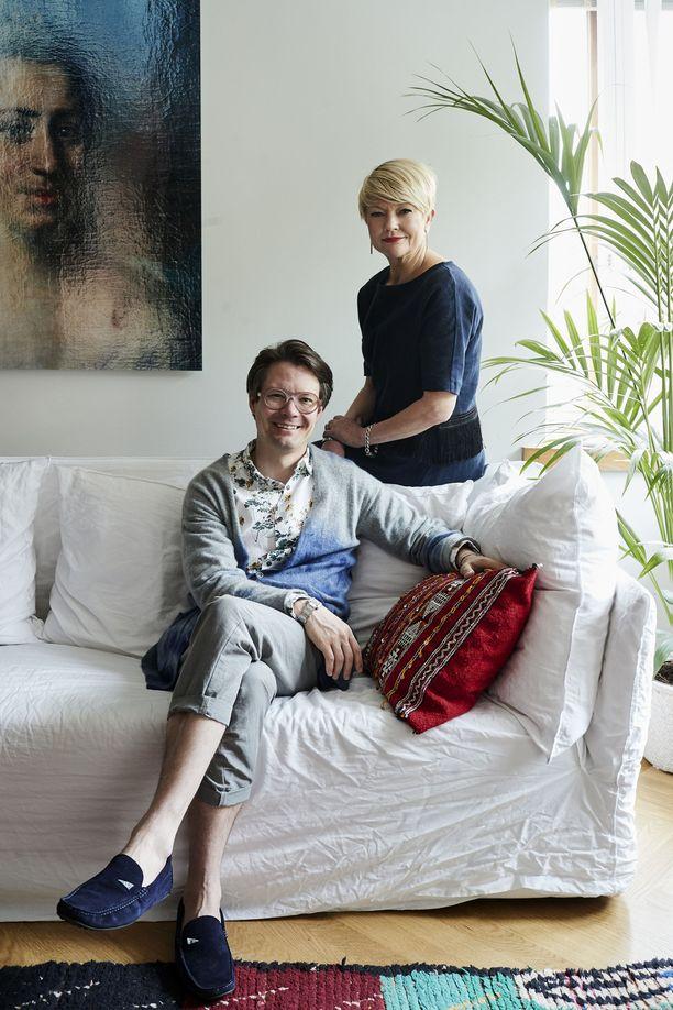 Jaakko Veijola ja Anu Igoni ovat olleet tuoksufaneja jo pitkään. Ajatus suomalaisesta tuoksutalosta syntyi lomamatkalla Etelä-Ranskassa.