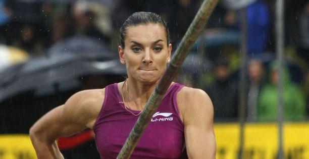 Jelena Isinbajeva otti voiton Tukholmassa.