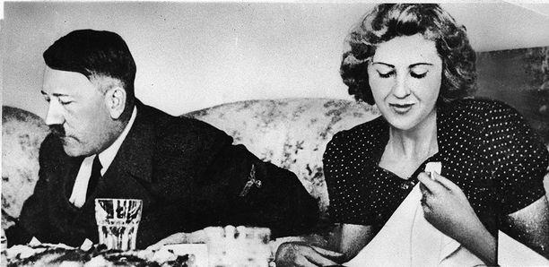 Eva Braun ei esiintynyt koskaan julkisuudessa Hitlerin rinnalla.