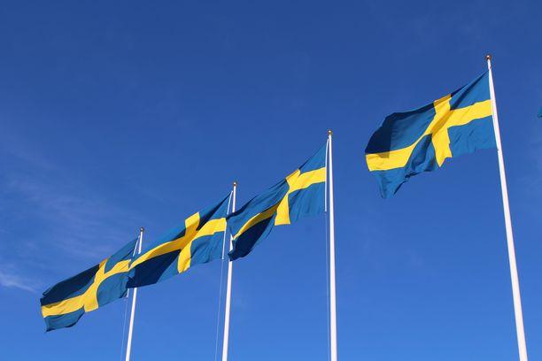 Keskiviikkona 12.8.  Ruotsissa on todettu yhteensä 83 445 koronavirustapausta.