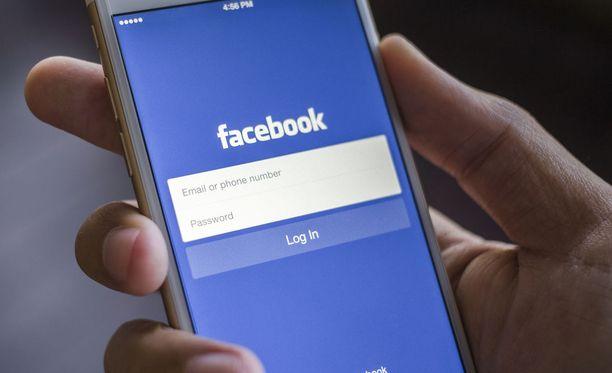 Facebook testaa parhaillaan downvote-painiketta. Kuvituskuva.