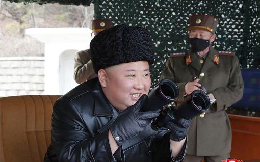 Kim Jong-un katosi jälleen – synkkä huhumylly pyörähtämässä uudelleen käyntiin