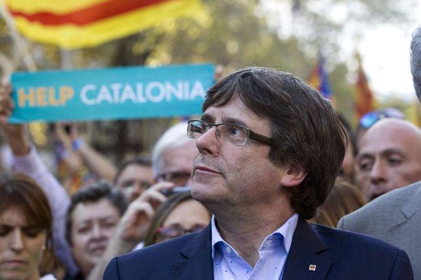 Espanjan keskushallinnon mahdollisia oikeustoimia maanpaossa Belgiassa välttelevä Katalonian aluehallinnon johtaja Carles Puigdemont vierailee Suomessa loppuviikosta.