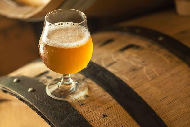 Hapanoluiden alkoholipitoisuus vaihtelee. Kaupoissa löytyy myös sellaisia hapanoluita joissa on vain varsin vähän prosentteja.