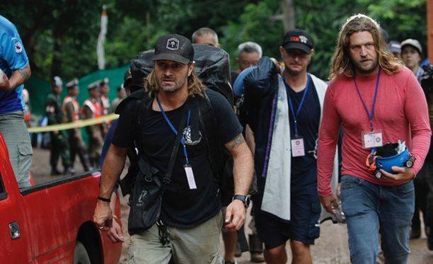 Suomalaissukeltaja Mikko Paasi oli mukana kuljettamassa thaimaalaispoikia luolaston kammiosta kahdeksan kammioon seitsemän.