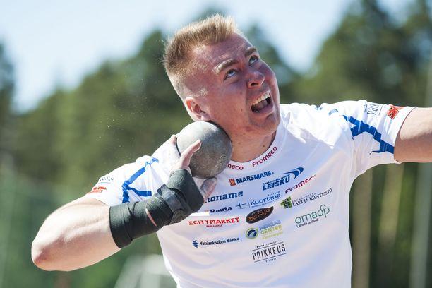 Arttu Kangas ei onnistunut Karjaan kisoissa sunnuntaina.