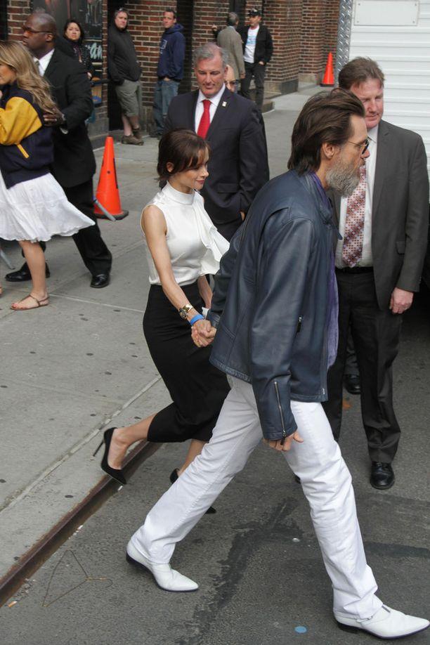 Carrey ja Cathriona White edustivat vielä toukokuussa yhdessä.