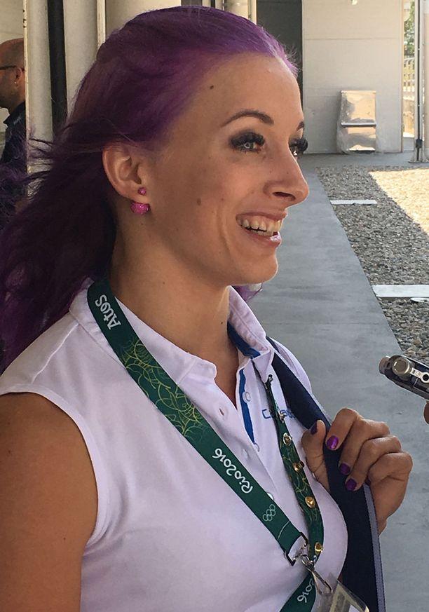 Anni Vuohijoki on Suomen olympiatiimin väriläiskä.