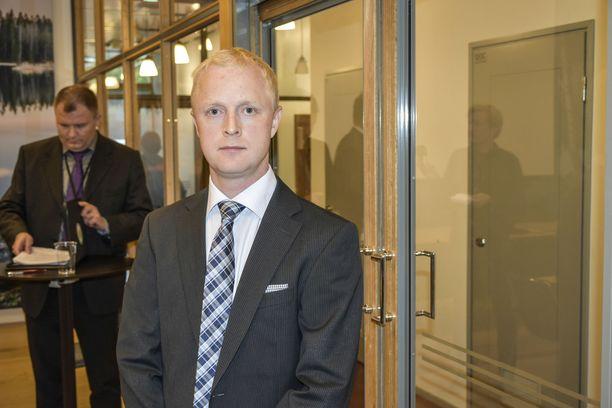 Johtava tutkija Kai Valonen kertoi, että Onnettomuustutkintakeskus on varoittanut sisäkattojen vääränlaisesta kiinnitystavasta useita kertoja vuosien mittaan.
