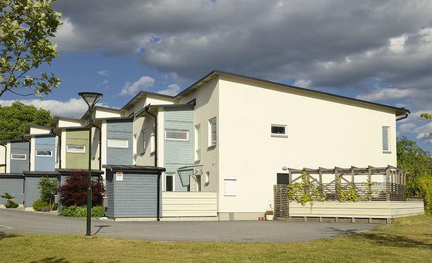 Asunnon ostajien harkinta ja selvitettävien asioiden määrä asuntokaupassa on jatkuvasti lisääntynyt, Kiinteistönvälitysalan Keskusliitto ry kertoo.