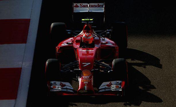 Kimi Räikkönen sai maksimaalisen hyödyn Red Bullin siipikikkailuista.