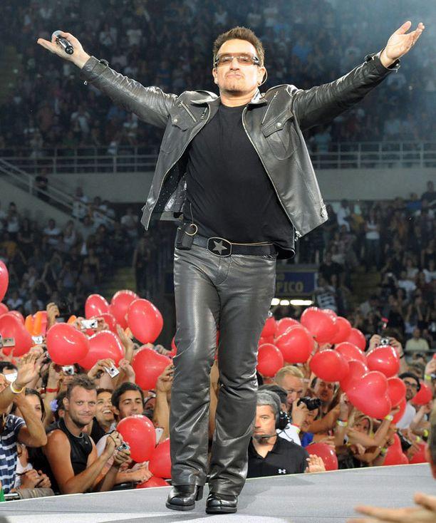 Laulaja esiintyi Italiassa energisesti.