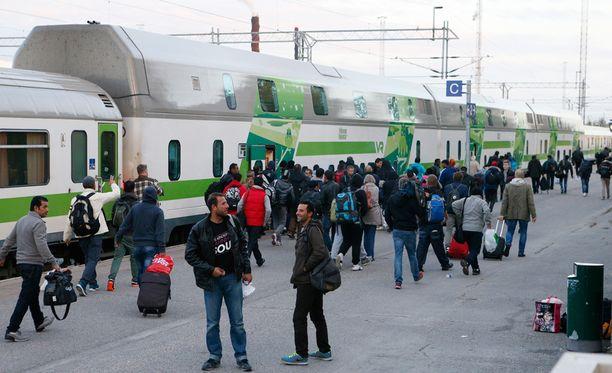 Suomeen saapuvien turvapaikanhakijoiden määrän odotetaan kasvavan merkittävästi.