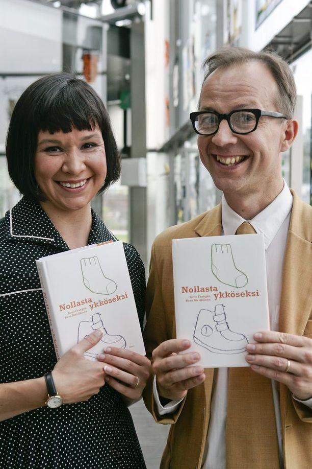 Rosa Merläinen ja Simo Frangén julkaisivat yhteisen kirjan esikoispojan ensimmäisestä vuodesta.