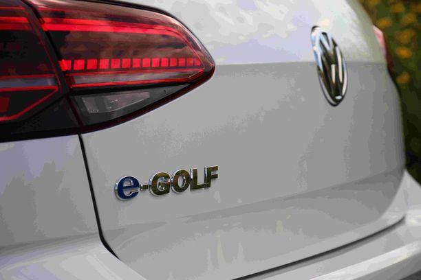 Ensi vuosi on sähköautojen ja ladattavien hybridien vuosi.