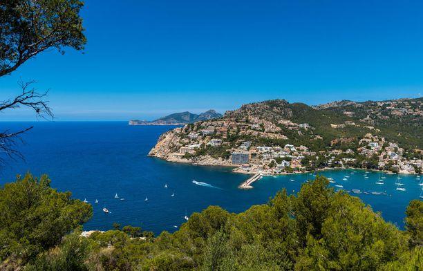 Mallorcalla voi viettää myös aktiivilomaa ja retkeillä luonnossa.