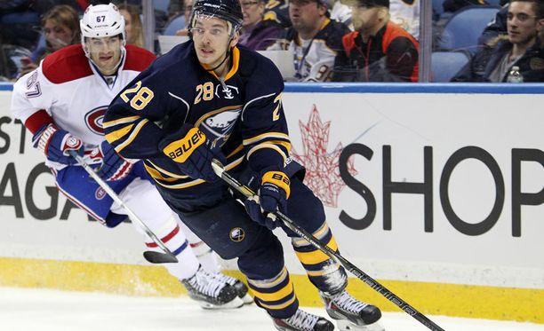Zemgus Girgensons on tällä hetkellä Latvian ainoa NHL-kiekkoilija.