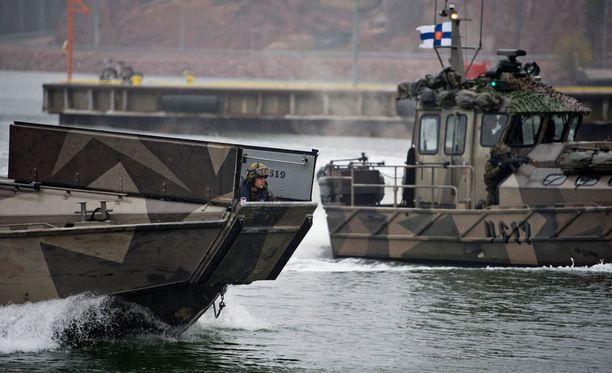 Vasemmistoliiton kannattajat ovat entistä myötämielisempiä Natoa kohtaan. Arkistokuva Puolustusvoimien sotaharjoituksesta.