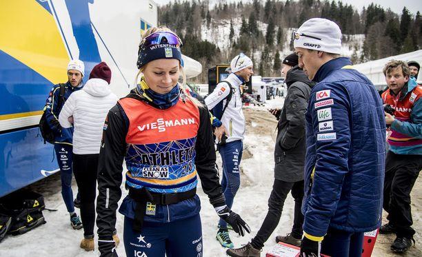 Jennie Öberg ja Calle Halfvarsson päättivät parisuhteensa.