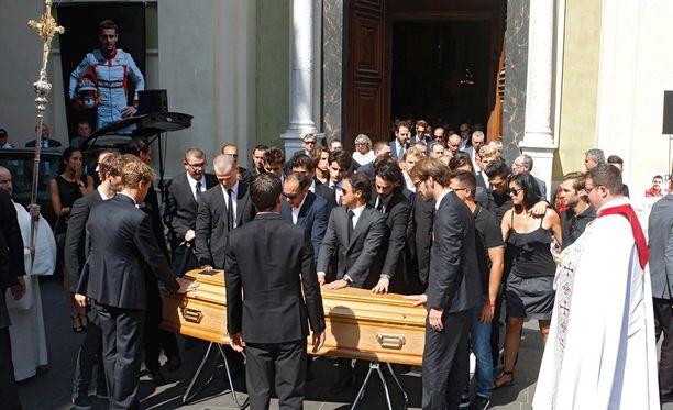 Hautajaiset järjestettiin Saint Reparaten katedraalissa Nizzassa.