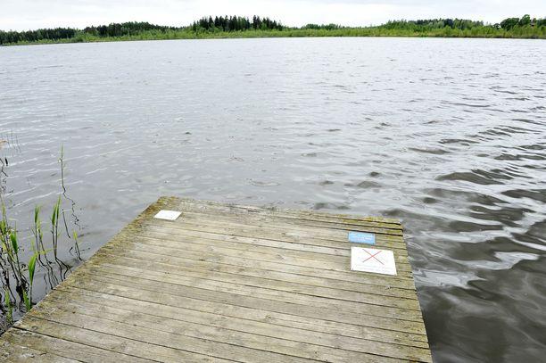 Sipoon Savijärvi on Suomen toiseksi leväisin järvi. Kuva vuodelta 2012.