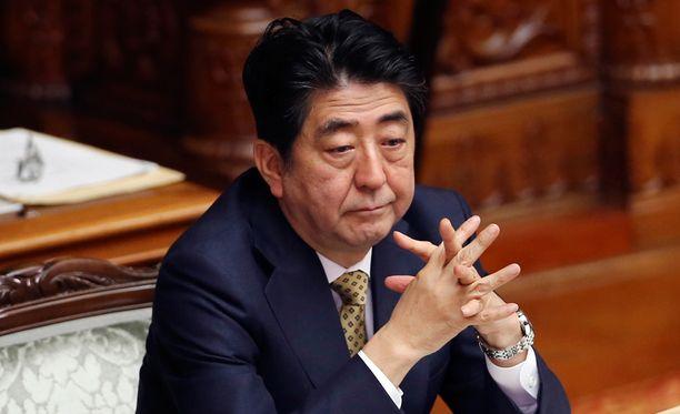 Japanin pääministeri Shinzo Abe ei ole listalla, mutta hänen hallituksensa jäseniä on salakuunneltu.