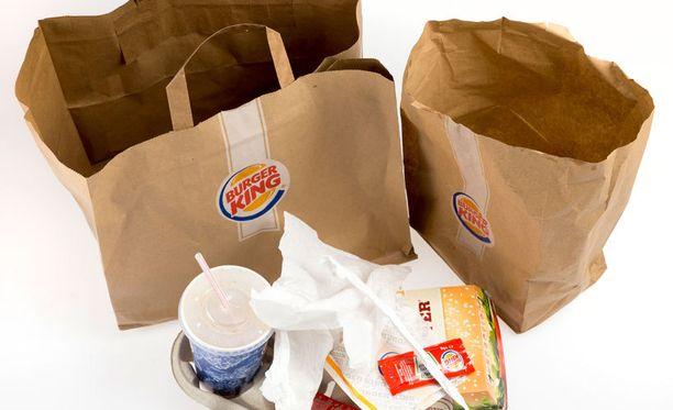 Asiakkaiden ylijäämäranskalaisiin kajoaminen sai Burger King -pomon raivon valtaan. Kuvituskuvaa.